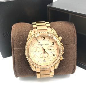 Authentic MICHAEL KORS Rose Gold Glitz Watch